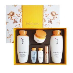 Набор увлажняющий Essential Skincare Set Sulwhasoo
